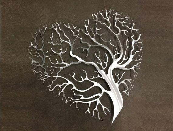 Featured Image of Heart Shaped Metal Wall Art
