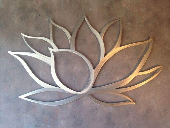 Featured Image of Silver Metal Wall Art Flowers