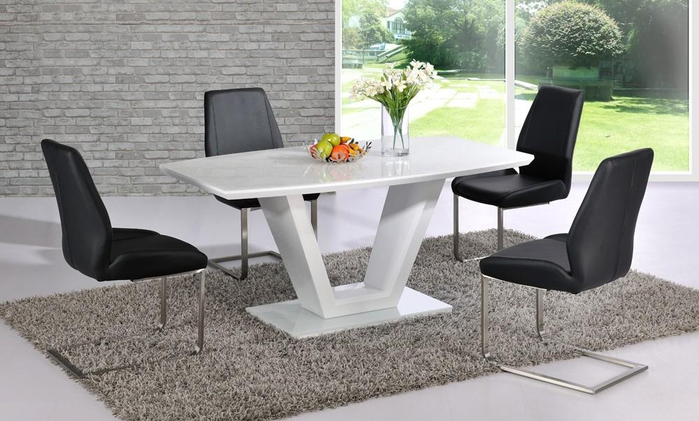 Black High Gloss Dining Table And Chairs #2598 In Gloss Dining Sets (Image 4 of 20)