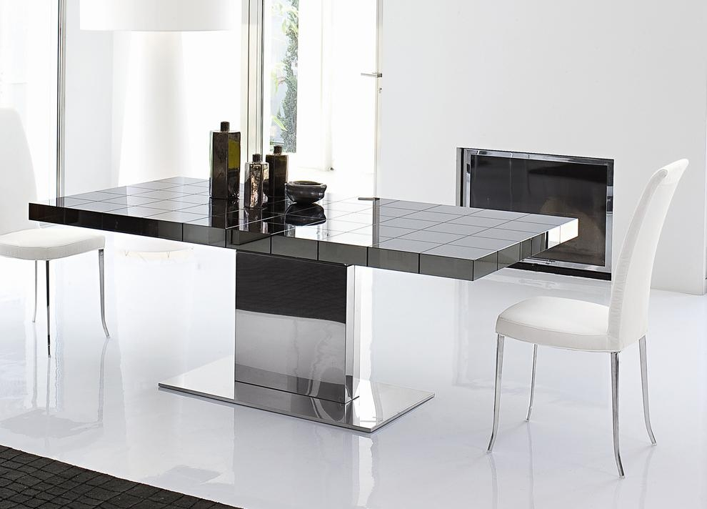 Bonaldo Lingotto Extending Dining Table | Dining Furniture Intended For Current Black Extendable Dining Tables Sets (Image 6 of 20)