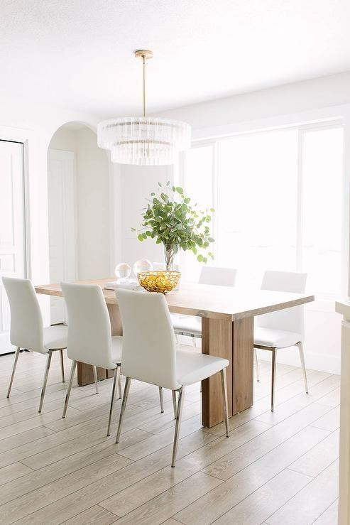 Featured Image of White Leather Dining Room Chairs