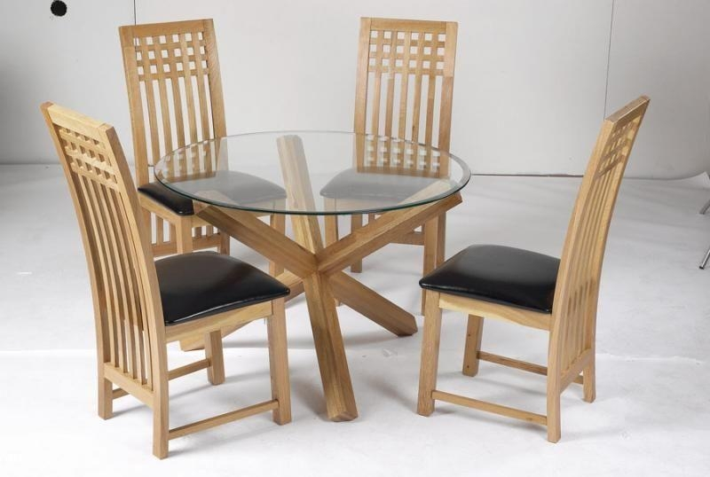 Circular Glass Dining Table And 4 Chairs #3559 With Regard To Most Recent Oak And Glass Dining Tables Sets (Image 6 of 20)