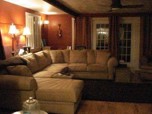 Country Living Room Decorating Ideas With Sectional Couches Throughout Cincinnati Sectional Sofas (Photo 10 of 20)