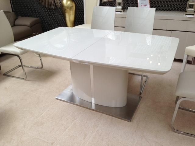 Cream Extending Dining Table Fascinating Cream Kitchen Tables Intended For Current Cream High Gloss Dining Tables (Image 1 of 20)