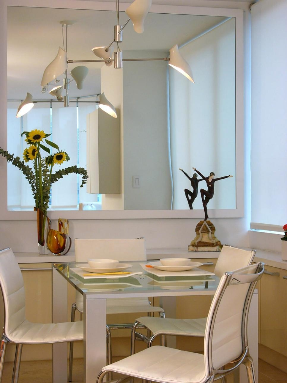 Decorating With Mirrors | Hgtv Pertaining To Dining Mirrors (Image 7 of 20)