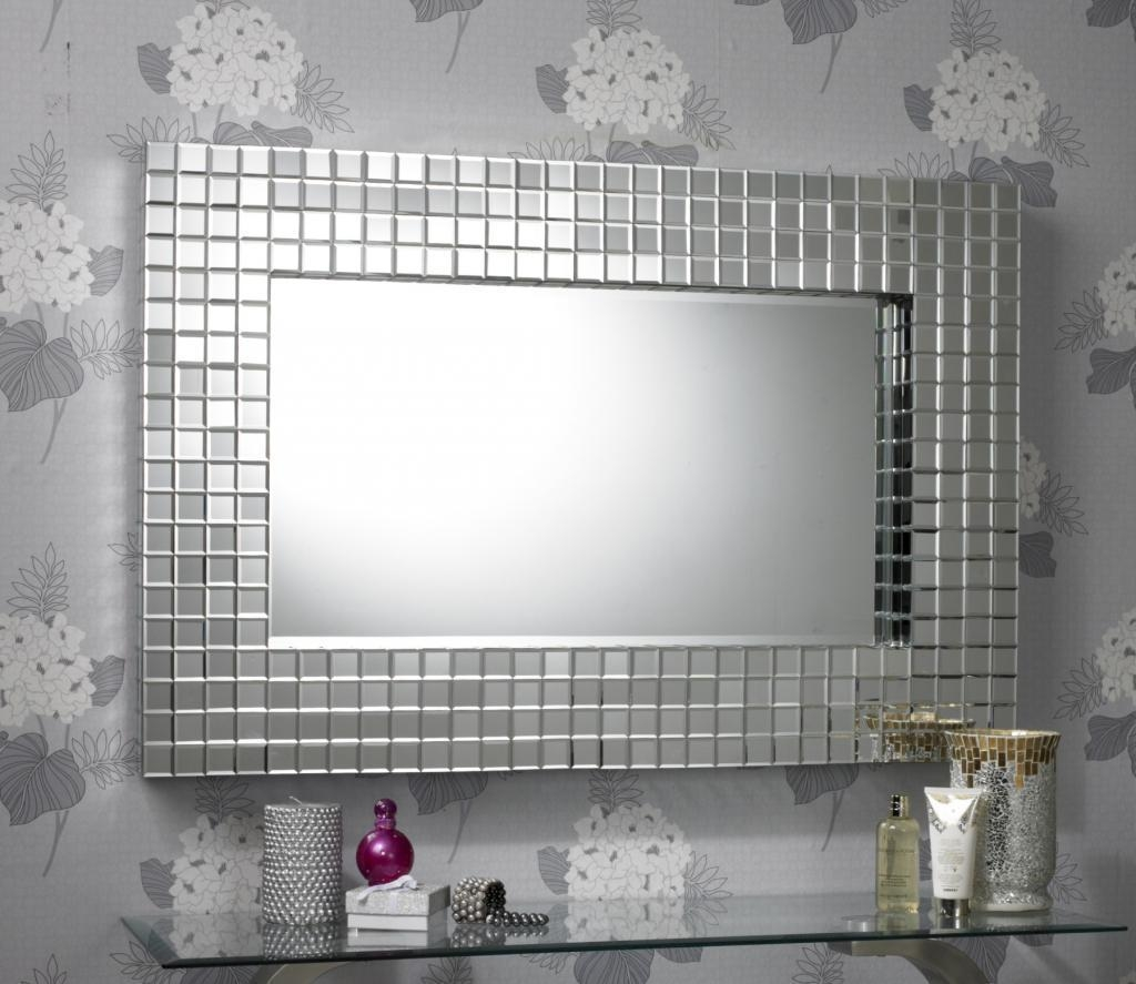 Decoration Beautiful Mirror For Halway Decoration Chic Round Frame With Small Diamond Shaped Mirrors (Image 4 of 20)