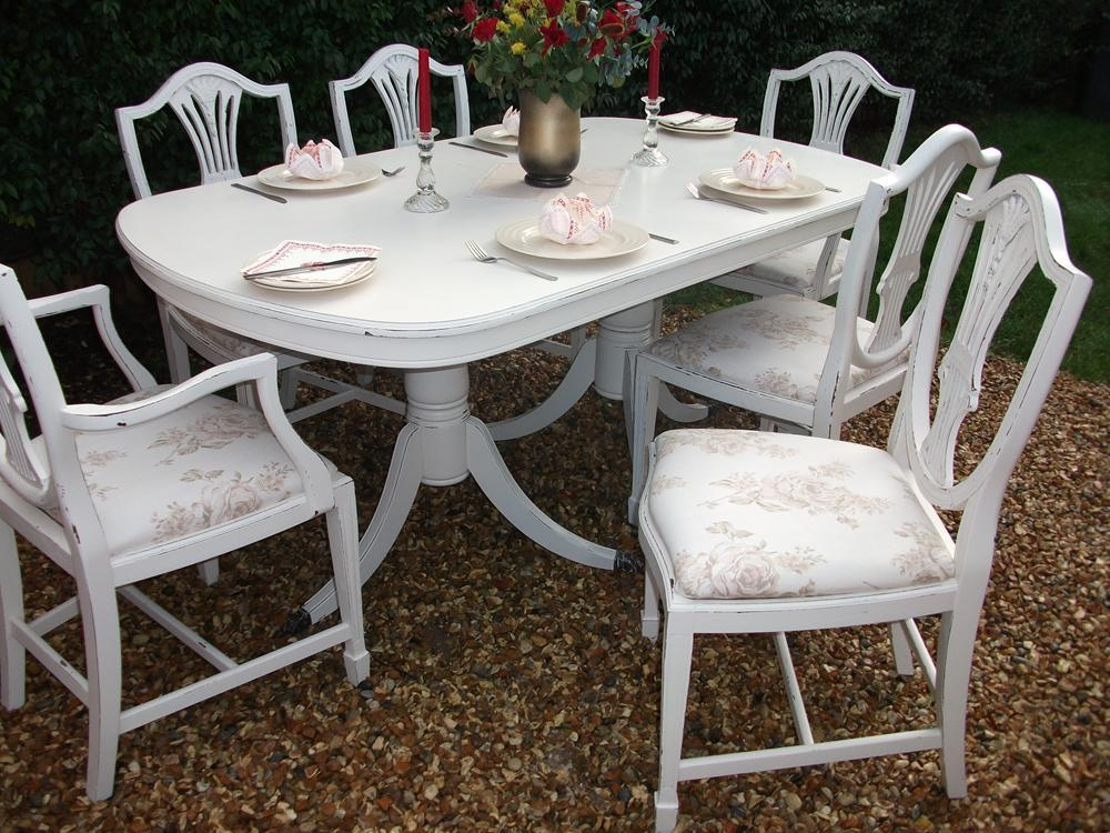 Featured Image of Shabby Chic Dining Chairs