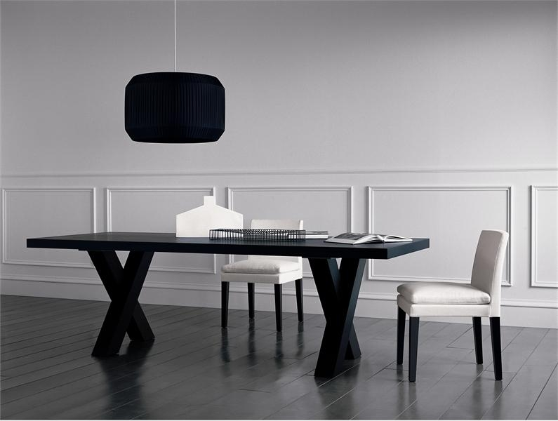 Dining Tables Black – 16 Ways To Keep The Dining Room Tidy Pertaining To Most Up To Date Black Dining Tables (Image 13 of 20)