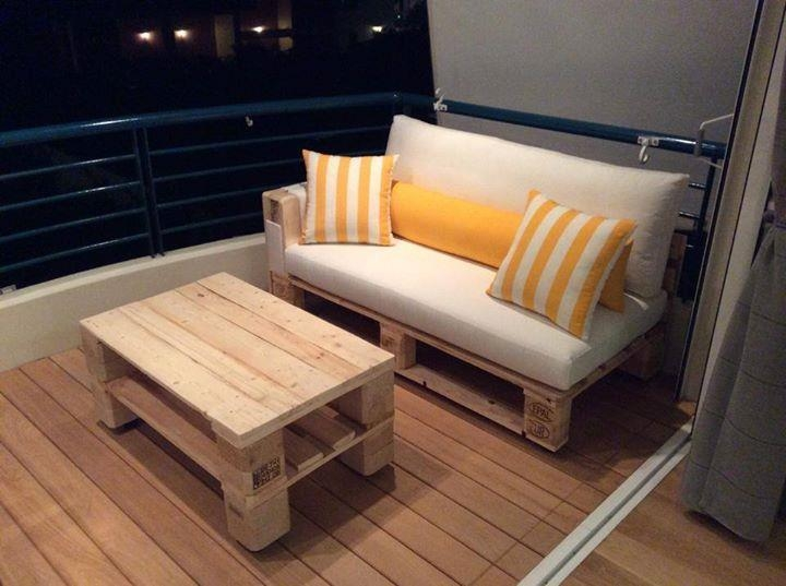 Diy Pallet Sofa And Coffee Table | 99 Pallets Pertaining To Pallet Sofas (Image 7 of 20)