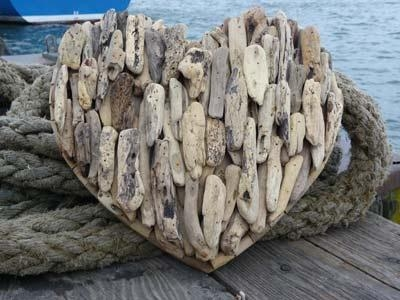 Driftwood Heart Wreath (Image 8 of 20)