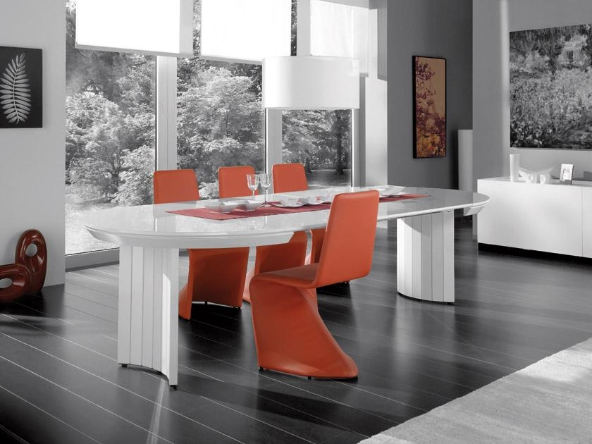 Extending Contemporary White High Gloss Dining Table With Regard To Most Popular High Gloss Dining Room Furniture (Image 13 of 20)