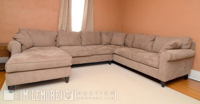 Haverty's Cappuccino Amalfi Sectional Sofa With Machine Loomed Pertaining To Havertys Amalfi Sofas (Image 4 of 20)