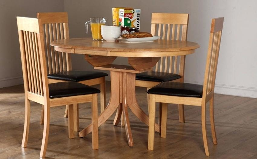 Hudson Round Extending Dining Table And 4 Chairs Set City Ivory Intended For Hudson Round Dining Tables (View 16 of 20)
