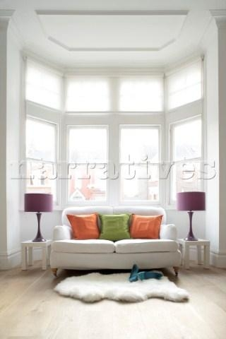 Jd002 10: Bay Window In All White Room With Orange And Pertaining To Sofas For Bay Window (View 2 of 20)