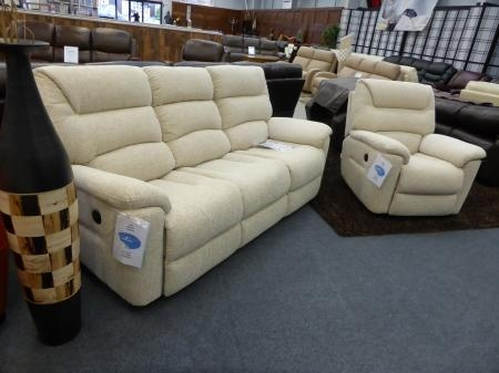 La Z Boy Manhattan Cream Fabric 3 & Chair Electric Recliners Regarding Lazy Boy Manhattan Sofas (View 8 of 20)