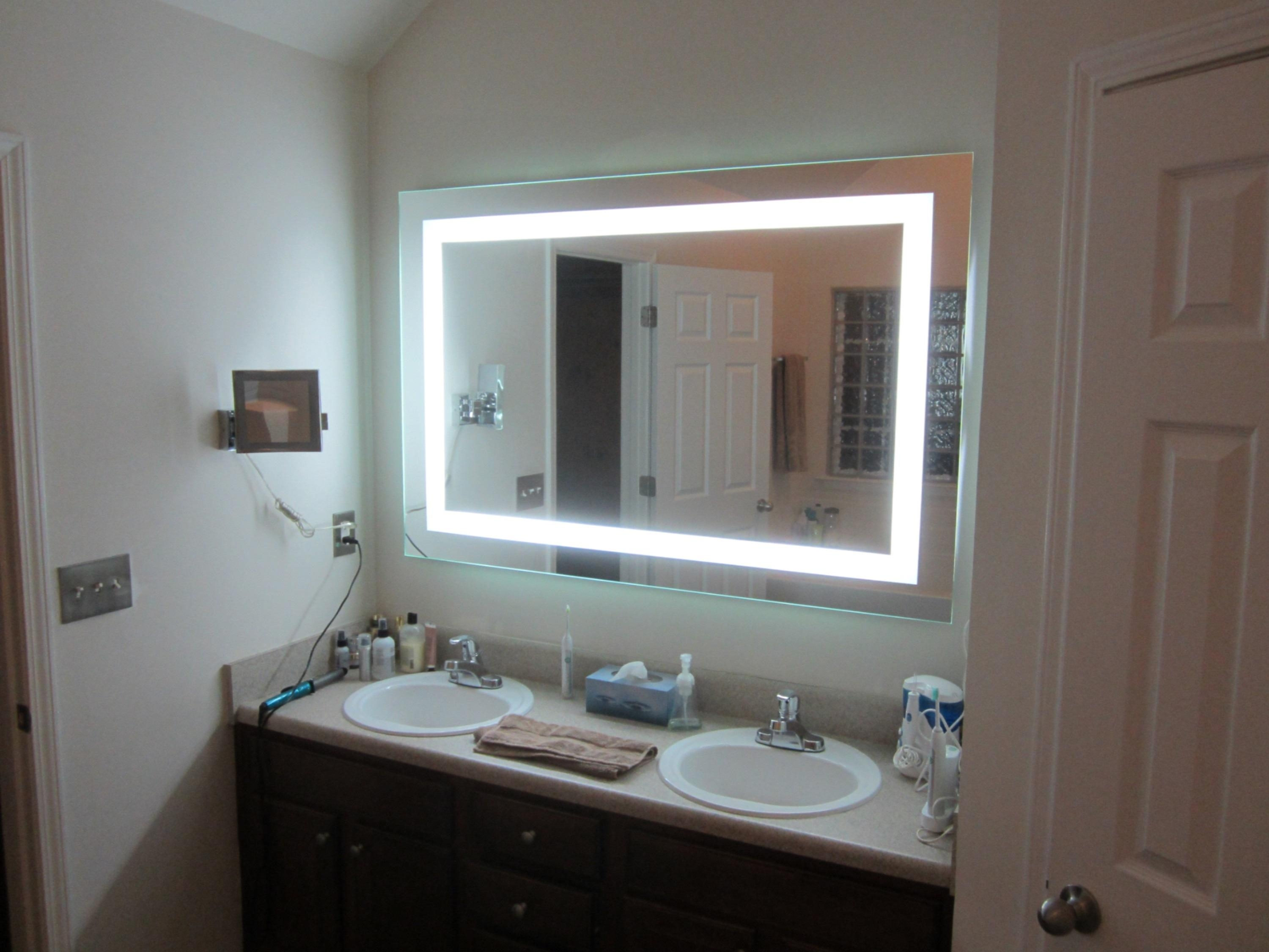 Lighted Vanity Mirror Pertaining To Wall Mounted Lighted Makeup Mirrors (Image 7 of 20)