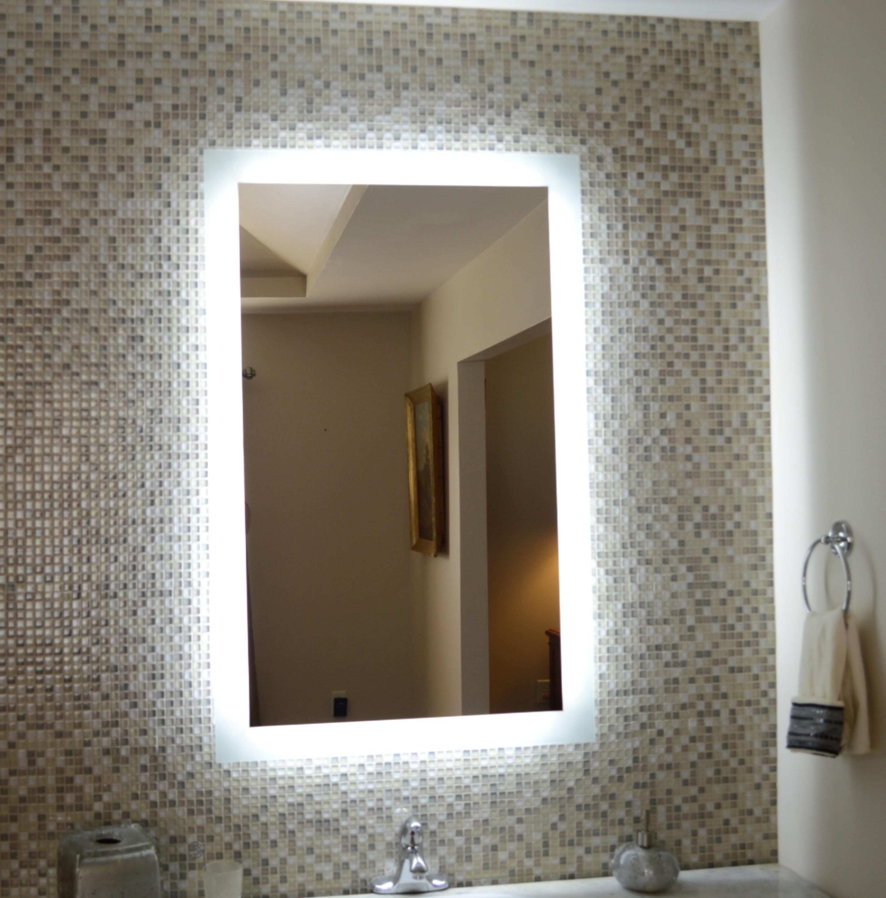Lighted Vanity Mirror With Regard To Magnifying Vanity Mirrors For Bathroom (Image 12 of 20)