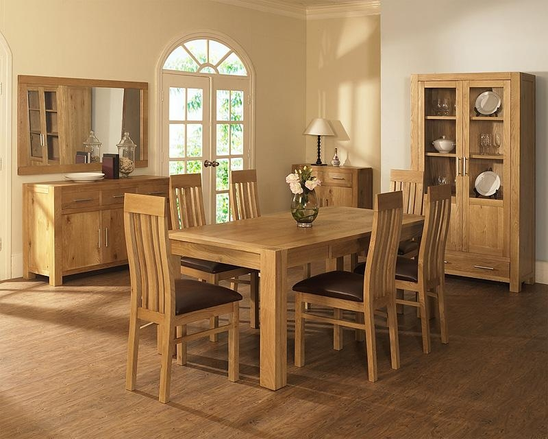 Linden Oak Dining Room Furniture Round Extending Dining Table With Pertaining To Current Light Oak Dining Tables And Chairs (View 3 of 20)