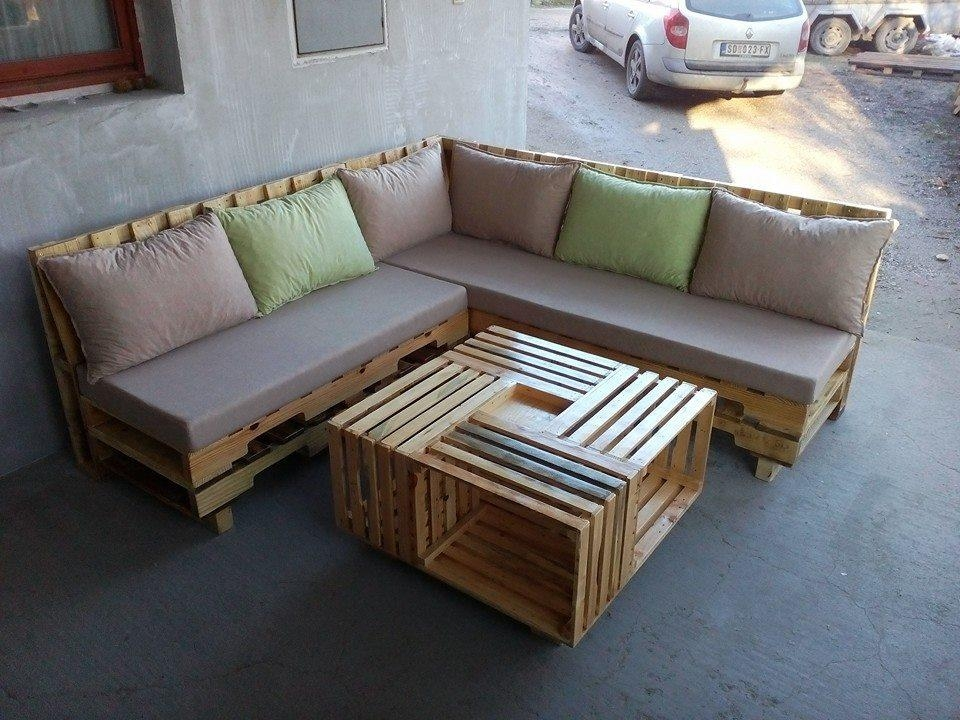 Living Room Pallet Sofa | Centerfieldbar For Pallet Sofas (Image 9 of 20)