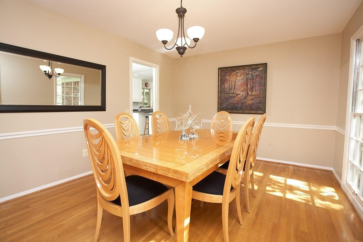 Long Mirrors For Dining Room Design With Wooden Dining Table And 6 With Regard To Dining Mirrors (View 7 of 20)