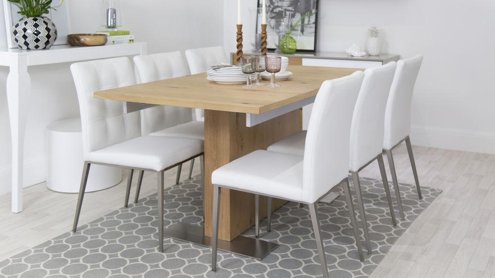 Featured Image of Oak Extending Dining Sets