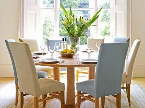 Round Dining Table | Round & Oval Dining Tables | Round Extending Throughout Best And Newest Round Oak Dining Tables And Chairs (Image 13 of 20)