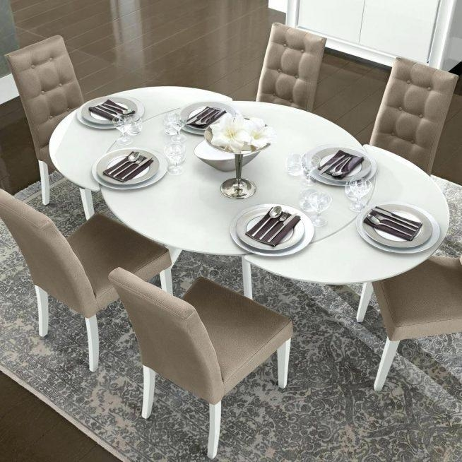 Round Dining Table Star Furniture Bianca White High Gloss Glass In Most Recent Round Extendable Dining Tables And Chairs (Image 16 of 20)