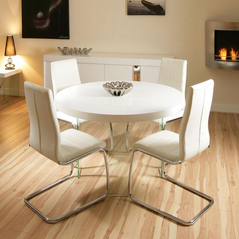 Round White High Gloss Dining Table And Chairs – Starrkingschool Regarding Most Current Round High Gloss Dining Tables (View 4 of 20)
