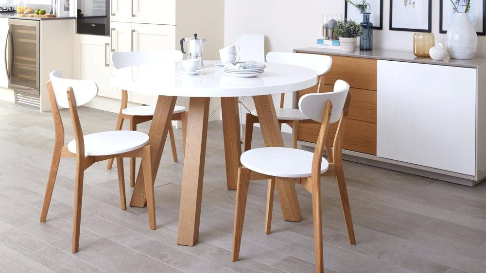 Small Round Oak Dining Table Round Oak Dining Table And Chairs Regarding Newest Round Oak Dining Tables And 4 Chairs (View 17 of 20)