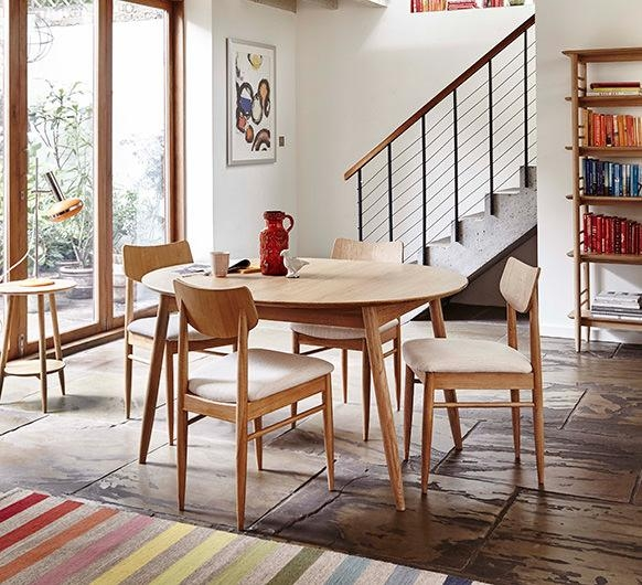 Teramo Dining Small Extending Dining Table – Dining Tables – Ercol Pertaining To Most Up To Date Small Extending Dining Tables And Chairs (Image 19 of 20)
