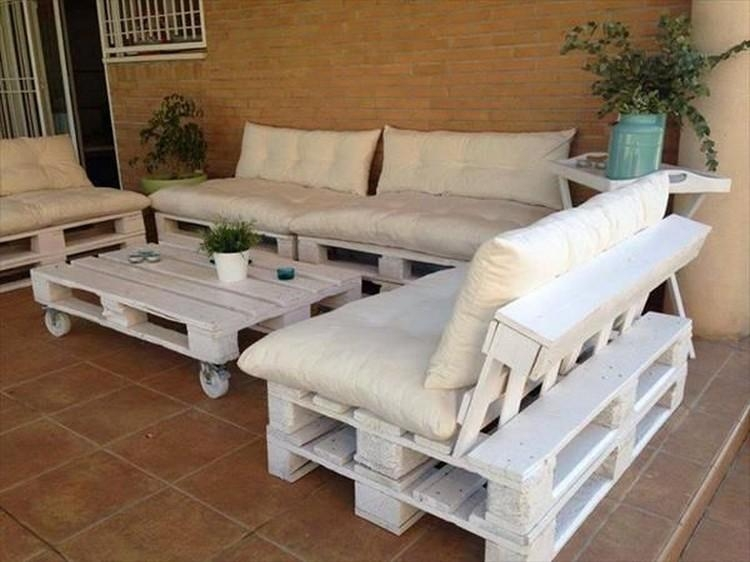 Top 12 Unique Pallet Sofa Ideas | Pallet Wood Projects Pertaining To Pallet Sofas (View 20 of 20)