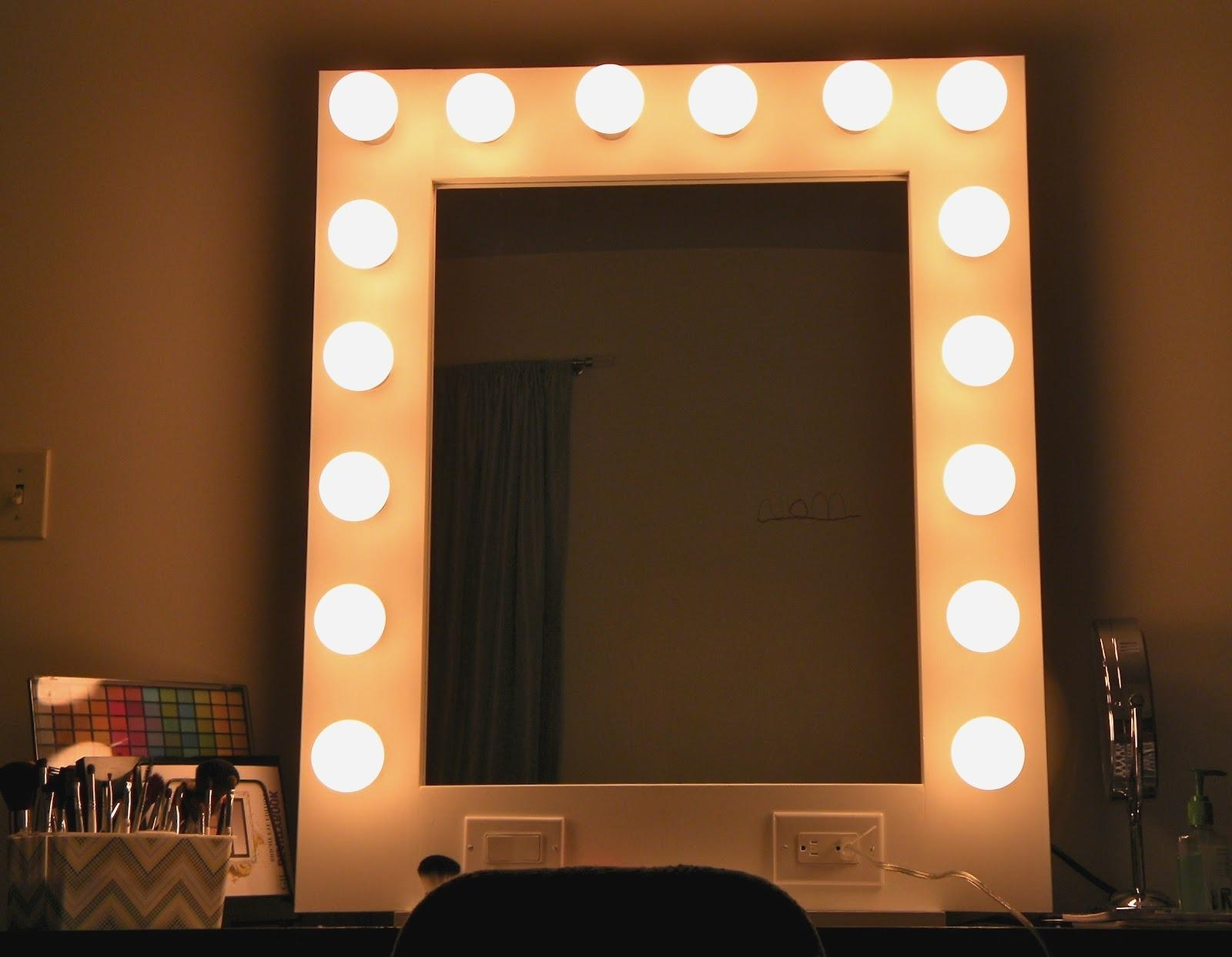 Vanity Mirrors With Built In Lights Amazing Decoration Lighted Throughout Vanity Mirrors With Built In Lights (Image 19 of 20)