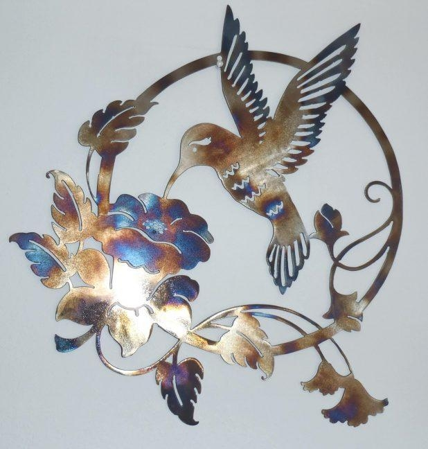 Featured Image of Hummingbird Metal Wall Art