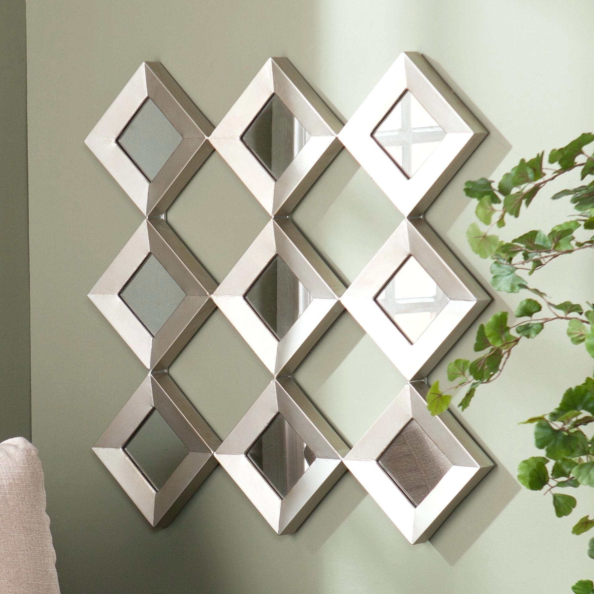Featured Image of Small Diamond Shaped Mirrors