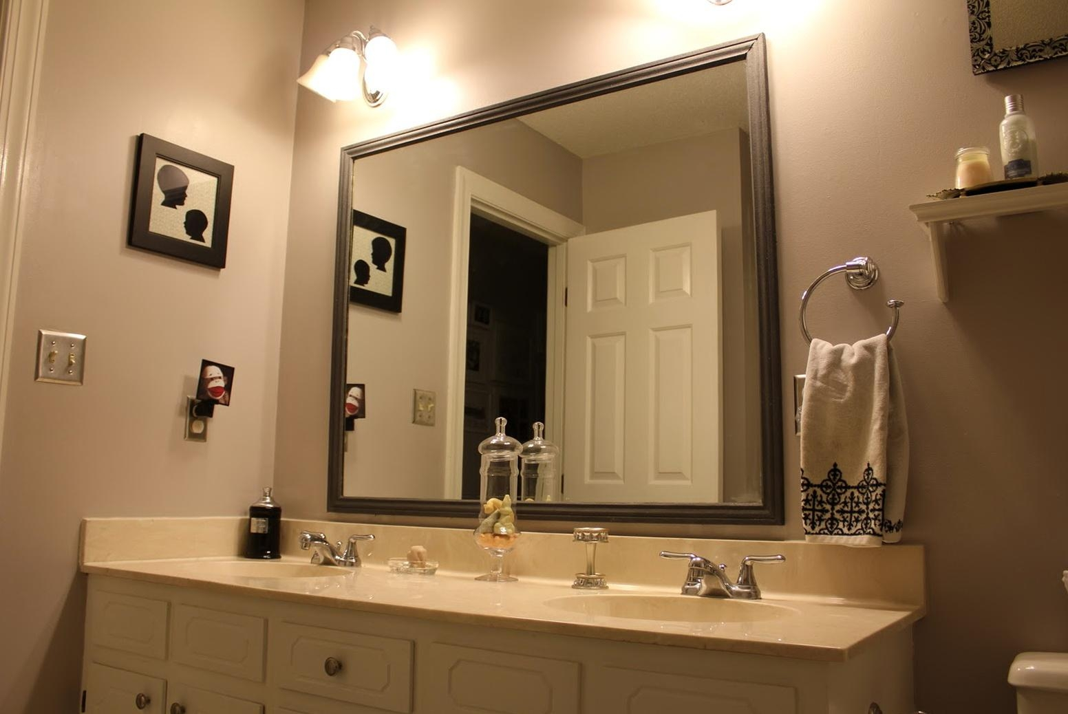 Where Can I Buy A Vanity Mirror Large Flat Bathroom Mirrors Pertaining To Large Flat Bathroom Mirrors (View 3 of 20)