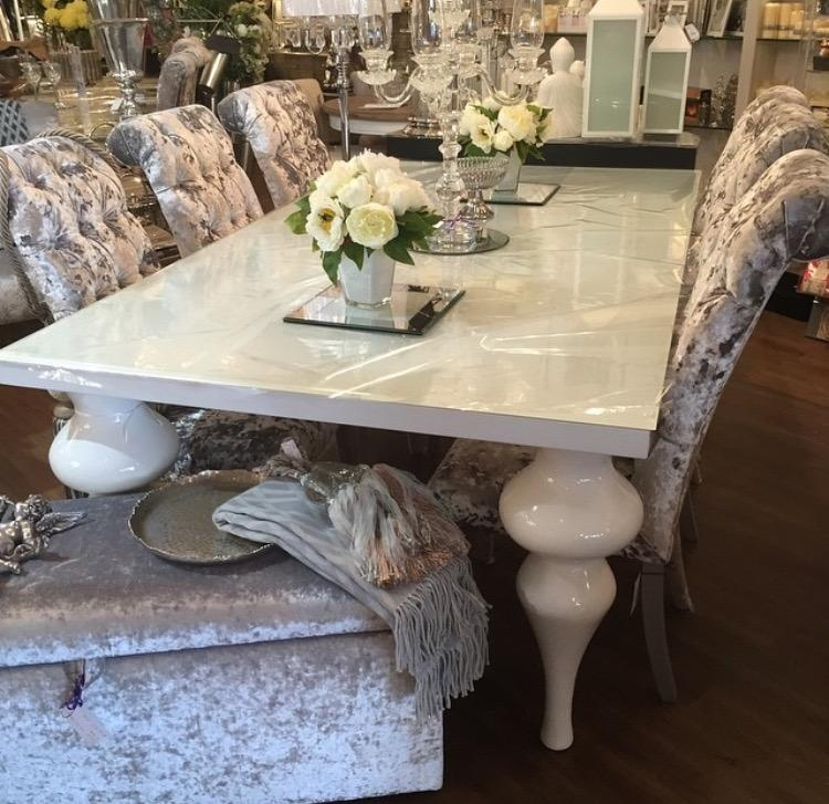 White High Gloss Dining Table In Current High Gloss Dining Chairs (View 9 of 20)