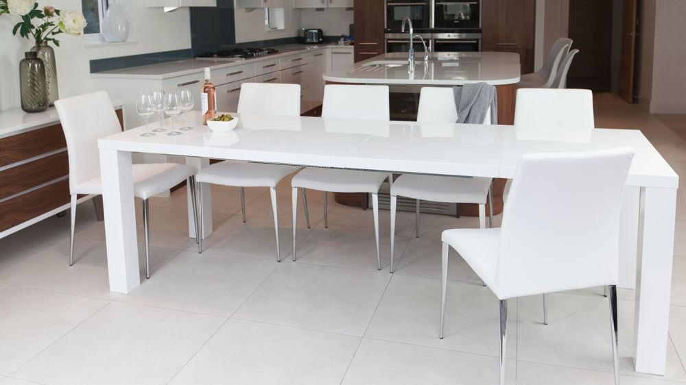 White High Gloss Extending Dining Table And Chairs Uk With Regard To Most Recent White Gloss Extendable Dining Tables (Image 20 of 20)