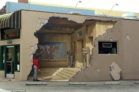 Huge 3D Wall Murals Are Off The Wall – John Pugh (12 Pics) In 3D Wall Art Illusions (View 13 of 20)