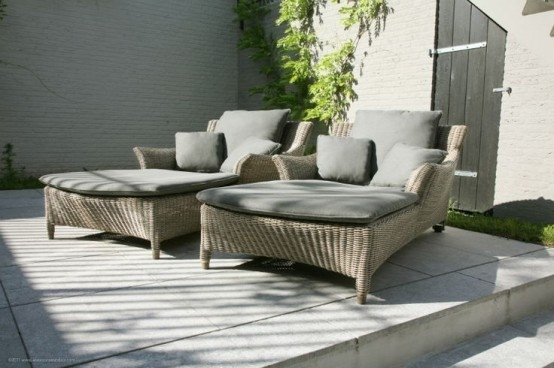 29 Cool Outdoor Lounge Chairs For Summer Napping – Digsdigs For Outdoor Sofas And Chairs (Image 3 of 10)