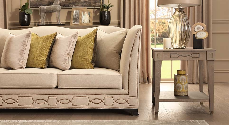Featured Image of Luxury Sofas