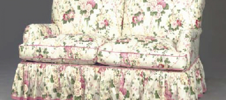 Chintz Sofa Chintz Sofa Chintz Fabric Sofas Floral Chintz Sofa Throughout Chintz Fabric Sofas (Image 4 of 10)
