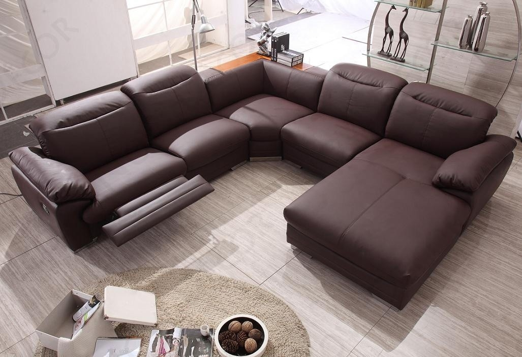 Contemporary Sectional Sofa With Recliner : Modern Contemporary Regarding Sectional Sofas For Small Spaces With Recliners (View 6 of 10)