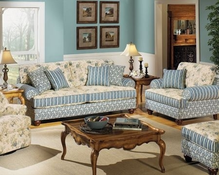 Country Cottage Style Living Rooms | Carolines Cottage Living Room For Cottage Style Sofas And Chairs (Image 7 of 10)