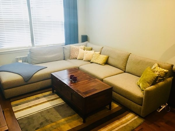 Crate & Barrel Drake 3 Piece Sectional Sofa (Furniture) In Queens With Queens Ny Sectional Sofas (Image 3 of 10)