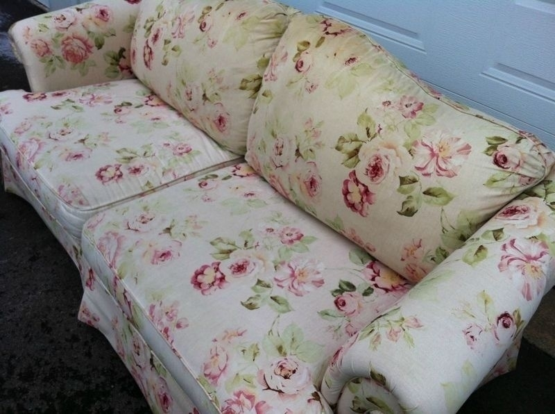 Floral Sofas In Style – Tantani (Image 6 of 10)