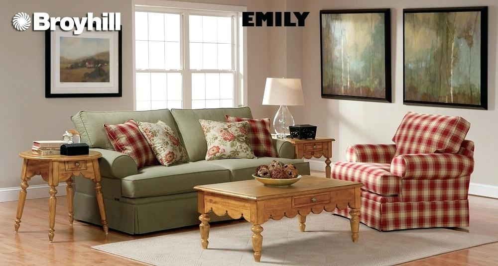 Fresh Bob Furniture Living Room And Country Style Living Room Chairs For Country Sofas And Chairs (Image 6 of 10)
