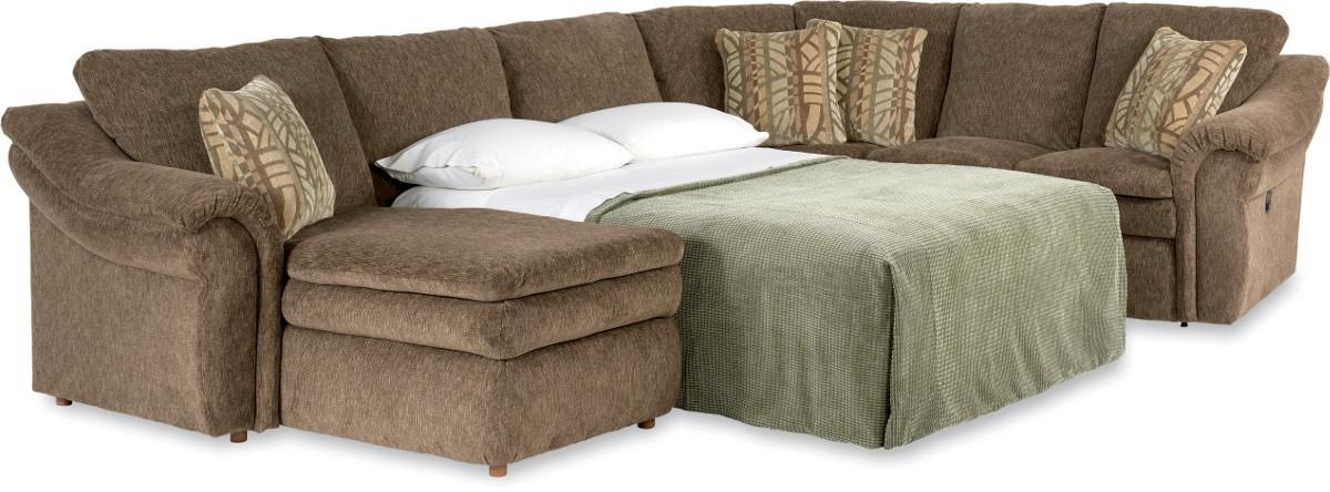 La Z Boy Devon 4 Piece Sectional Sofa With Ras Chaise And Full Regarding Lazyboy Sectional Sofas (Image 3 of 10)