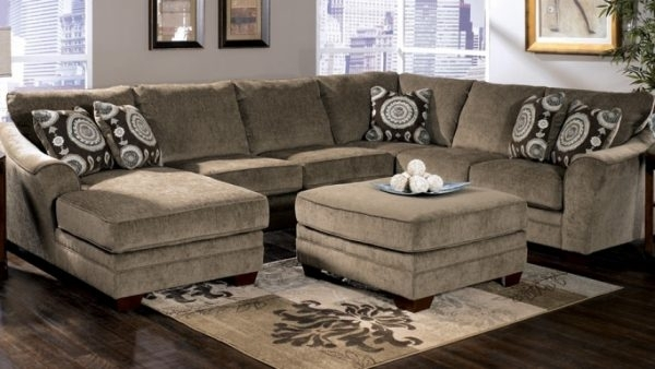 Featured Image of Raleigh Sectional Sofas
