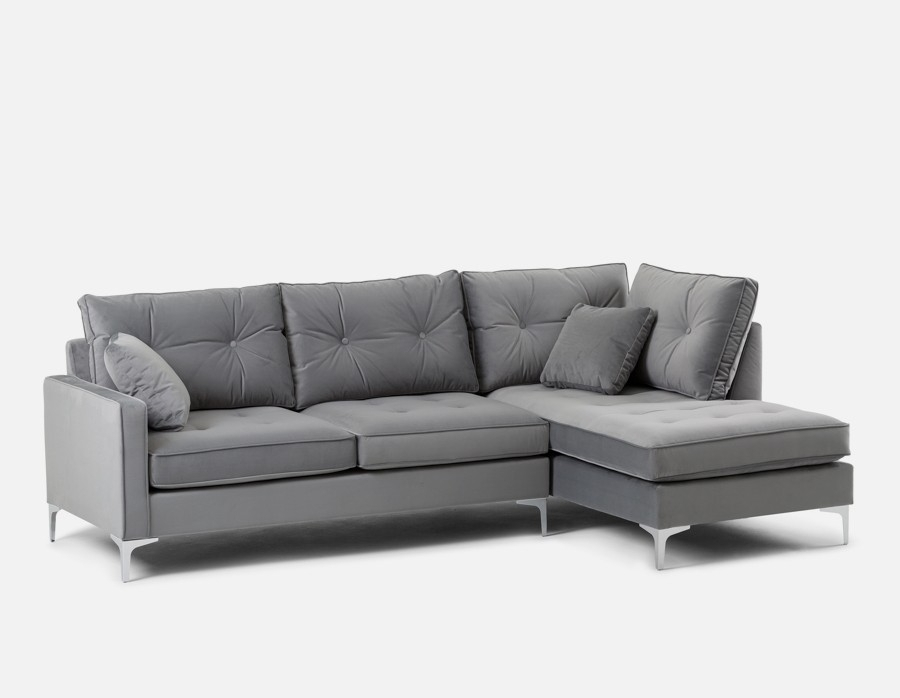 Featured Image of Structube Sectional Sofas