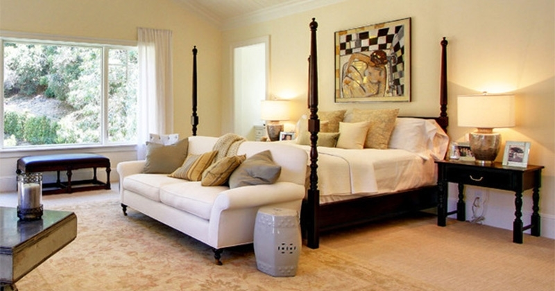 Featured Image of Bedroom Sofas